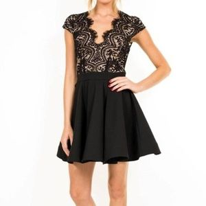 Luxxel Sexy Lace Fit & Flare Lace Bodice Sze Small